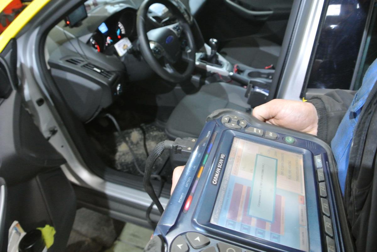 Компьютерная диагностика легковых авто с выездом